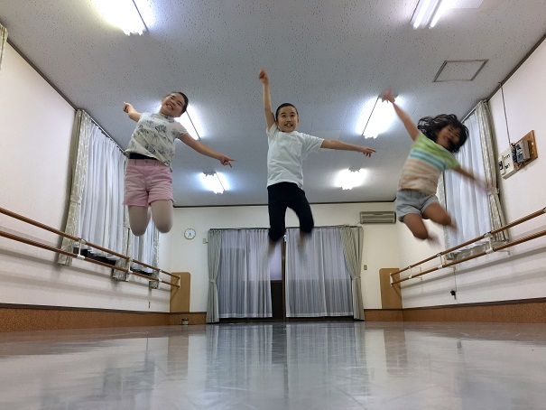 DANCE in ENGLISH英語で工作 7/28kd